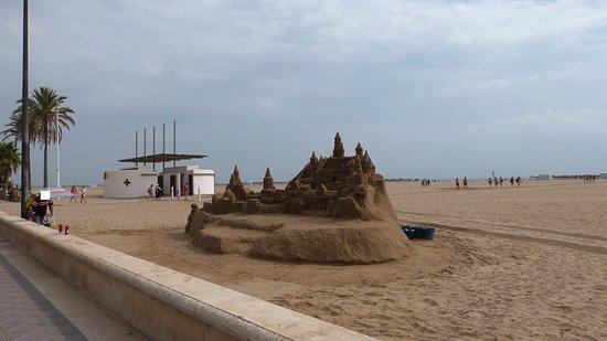 Playa de la malvarrosa valencia qu saber antes de ir tripadvisor - Hoteles en la playa de la malvarrosa ...
