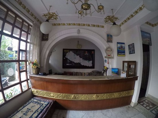 Hotel Discovery Inn: This is hotel Reception