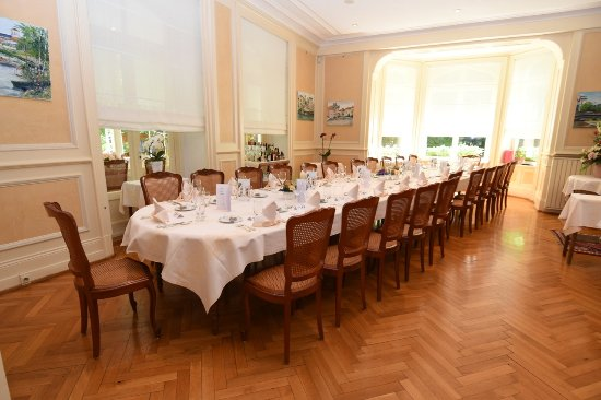 Illzach, Франция: Notre salle, prête à vous recevoir dans un espace lumineux et chaleureux.