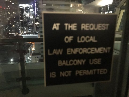 Hyatt Regency Toronto: Balcony was sealed shut and unusable