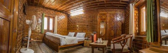 Kasol, India: Interior Cottage Hut