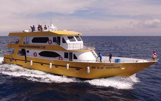Rawai, Tailândia: MV Blue Shepherd