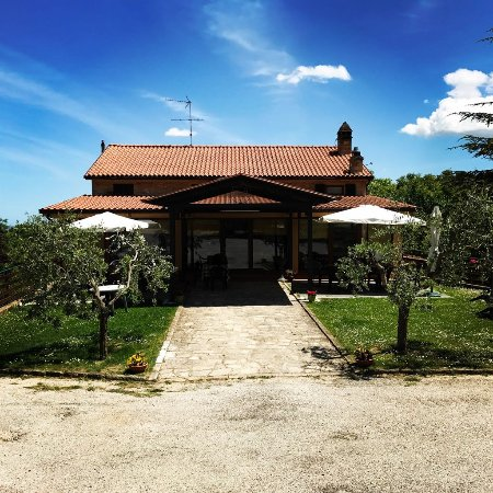 Montelparo, อิตาลี: Agriturismo Fonte di S.Andrea Restaurant