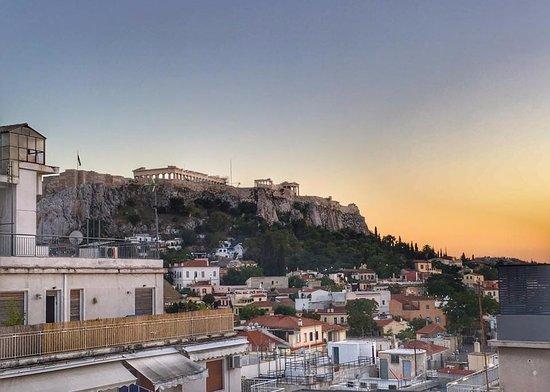 Athos Hotel: Utsikt över Akropolis från takterassen
