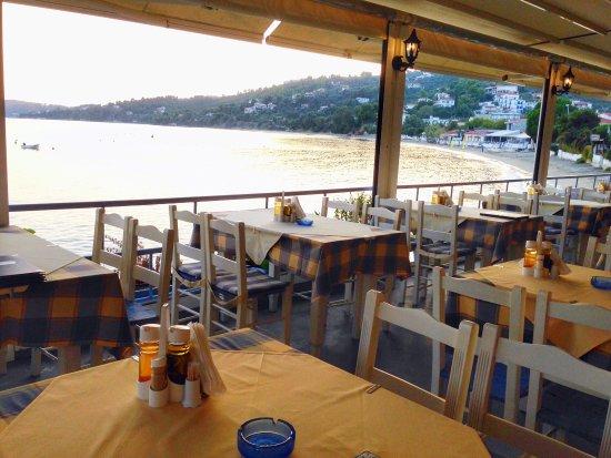 Megali Ammos, Griekenland: Twilight taverna