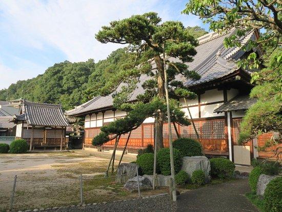 Tokugetsu-ji Temple