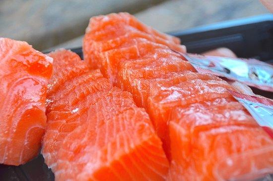 Twizel, Nieuw-Zeeland: Fresh salmon sashimi