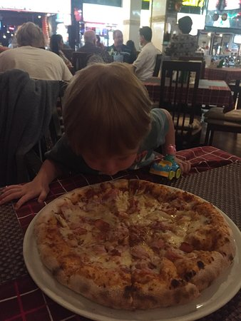 Pizzeria Hut 1 : photo0.jpg
