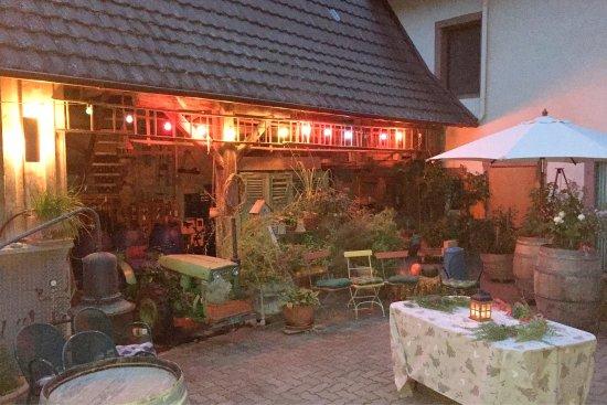 Vogtsburg im Kaiserstuhl, Jerman: photo0.jpg