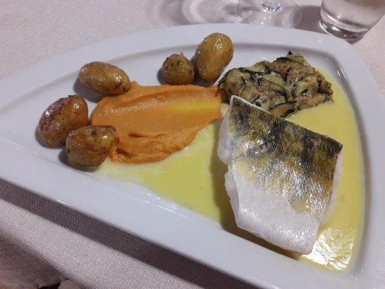 Herbignac, France : Filet de sandre au beurre blanc