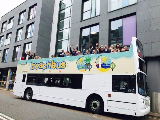 St. Helier, UK: Beach Bus