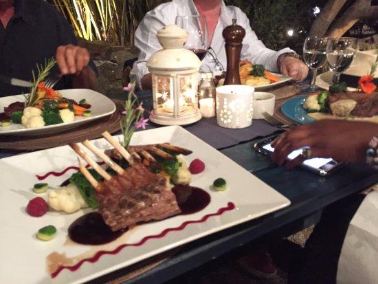 Cachoa Restaurant: Rack of lamb
