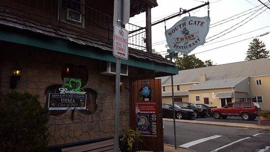 Highland Falls, Nova York: Signage