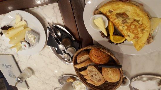 """Twistringen, ألمانيا: """"Frühstückchen"""" - Omelette Classico und das französische Frühstück"""