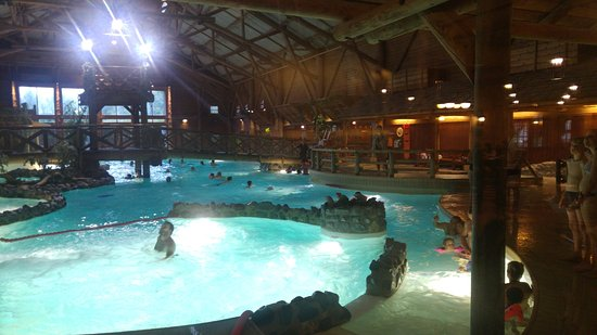Disney 39 s davy crockett ranch le de france bailly for Piscine hotel davy crockett