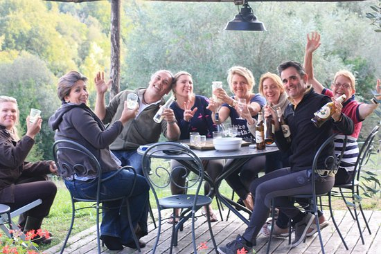 Castellare di Tonda Resort & Spa: Good fun and great wine
