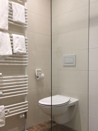 sternplatz hotel nasszelle mit wc dusche wachbecken - Nasszelle Dusche Wc