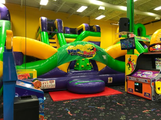 Middletown, DE: Jump On Over inflatables