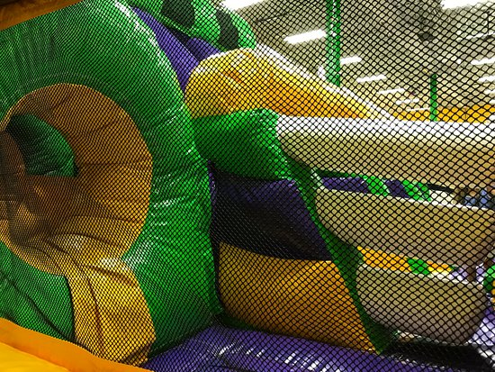 Middletown, DE: Jump On Over Inflatable