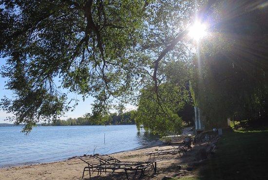 Suttons Bay, MI: Quieting views
