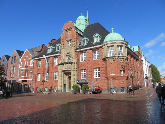 Rathaus mit Ratskeller in Buxtehude
