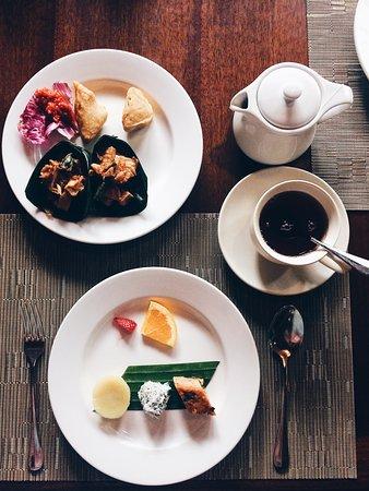 Komaneka at Monkey Forest: Afternoon tea