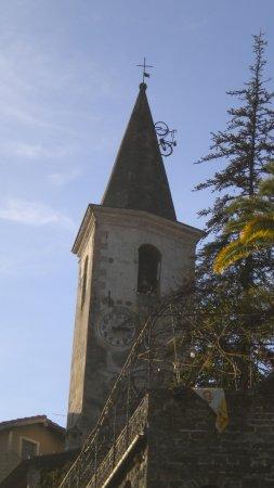 Apricale, Italy: bici in salita