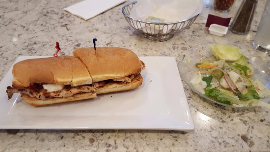 East Windsor, CT: Grilled Chicken Sandwich