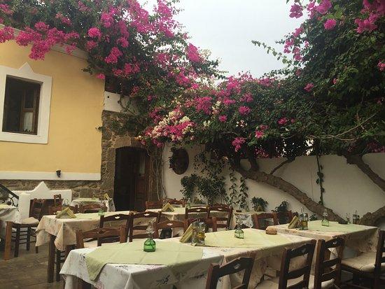 Avli Restaurant: photo0.jpg