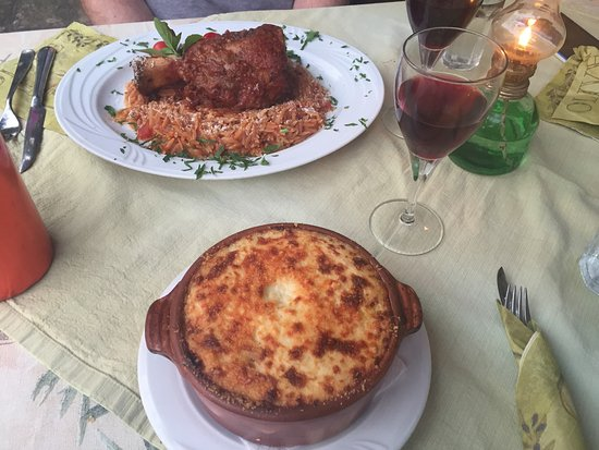 Avli Restaurant: photo2.jpg