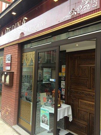 la medina jouy en josas 11 rue oberkampf restaurant avis num ro de t l phone photos. Black Bedroom Furniture Sets. Home Design Ideas