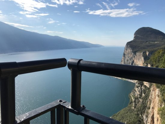 Panorama Unico Sul Lago Di Garda Picture Of Terrazza Del