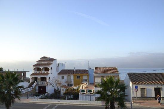 El Morche, Spanien: Widok z okna na morze