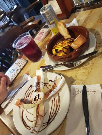 Villafranca de los Barros, Spain: Deliciosas Tapas y Raciones