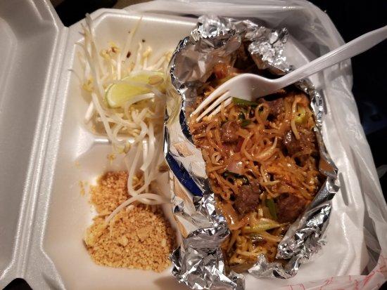 Buda, TX: Beef Pad Thai