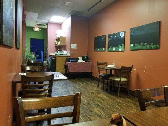 Buda, TX: Dining area