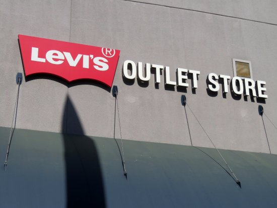 The Outlets at Orange : Levis Store - Outlets at Orange (16/Aug/17).