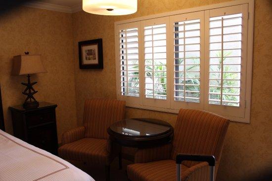 Franciscan Inn & Suites Photo
