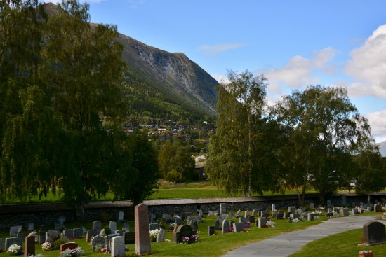 Lom, Norway: the cemetery