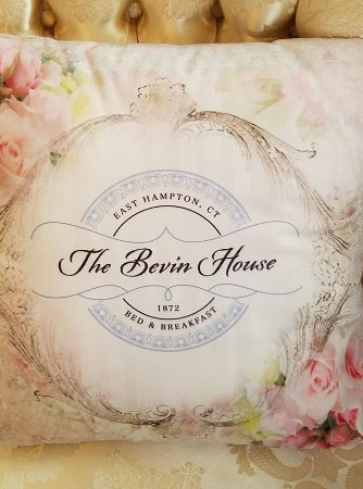 East Hampton, CT: The Bevin House B&B