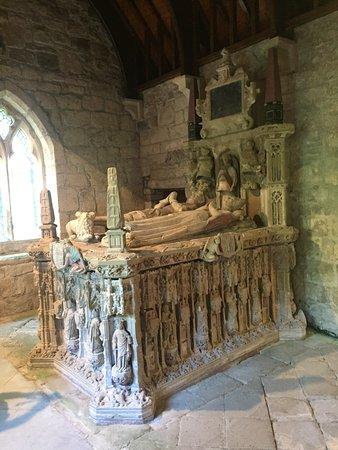 Chillingham Castle: St. Peter's Parish Church Interior