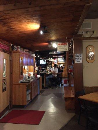 Hammond, OR: A packed bar on a Thursday night