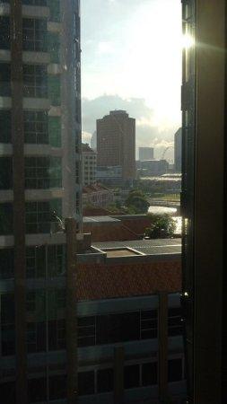 ستوديو إم هوتل: City view from lift lobby