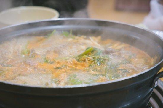 Gwangju, เกาหลีใต้: 명동칼국수