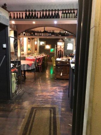 Ristorante La Cornabuggia In Genova Con Cucina Cucina