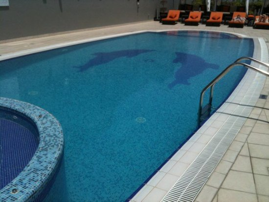 Abidos Hotel Apartment - Al Barsha: Rooftop Swimming pool