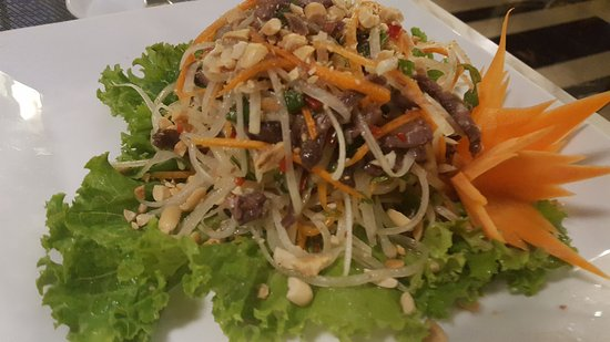 Essence Restaurant: 20171007_195518_large.jpg