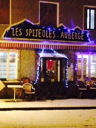 Oo, فرنسا: Auberge en hiver
