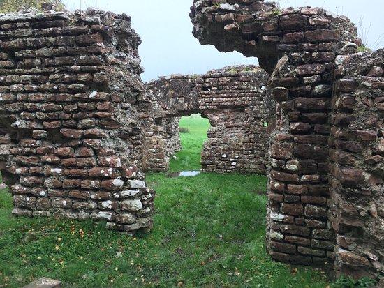 Roman Bath-house: photo5.jpg