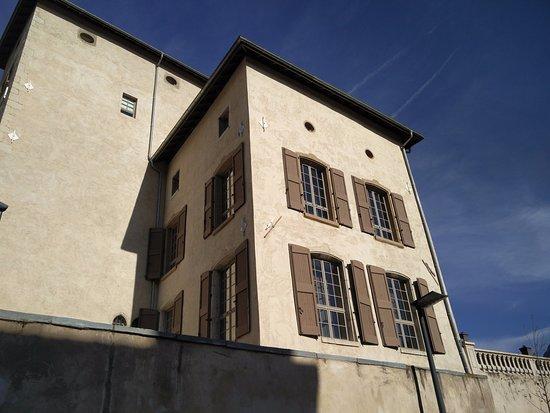 Fontaine, Francia: Fenêtres appart 12 (en haut)